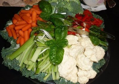Close-up photo of a very colorful vegetable tray