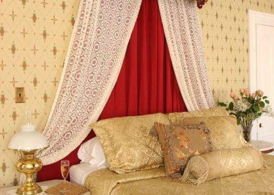 queen-victoria-room-gallery02