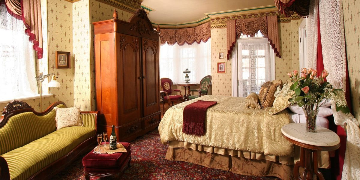 Queen Victoria Bed And Breakfast Reviews