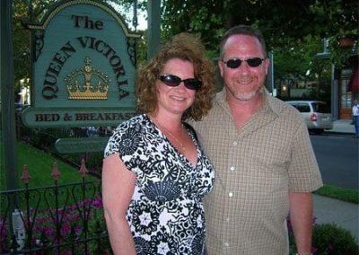 Guest Photos- Couple next to Queen Victoria sign