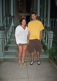 Guest Photos- Couple outside of Queen Victoria