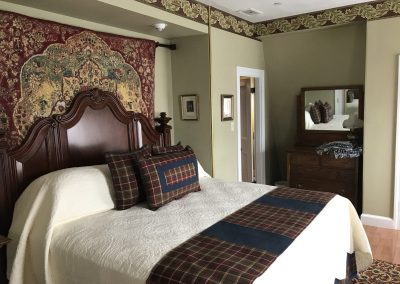 Luxurious King Size Bed